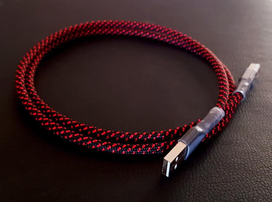 Black Cat Digit USB cable